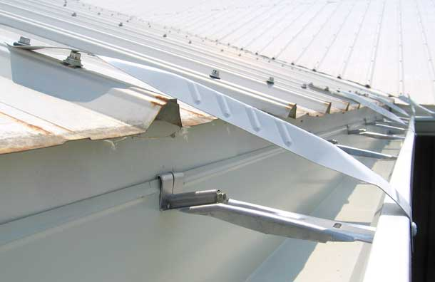 A Commercial Installation With 6 Quot Gutters And Xl Downpipes