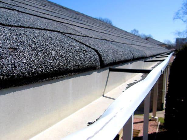 Short-shingles not overlapping gutters