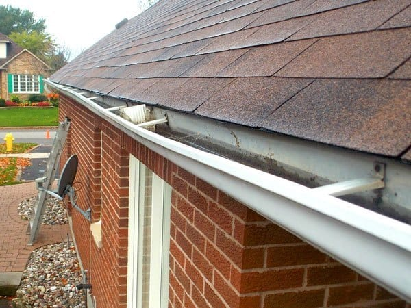Eavestroughs needing repair in Port Perry